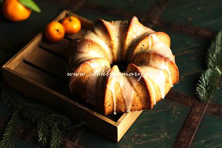 фото рождественского кекса с сухофруктами и орехами