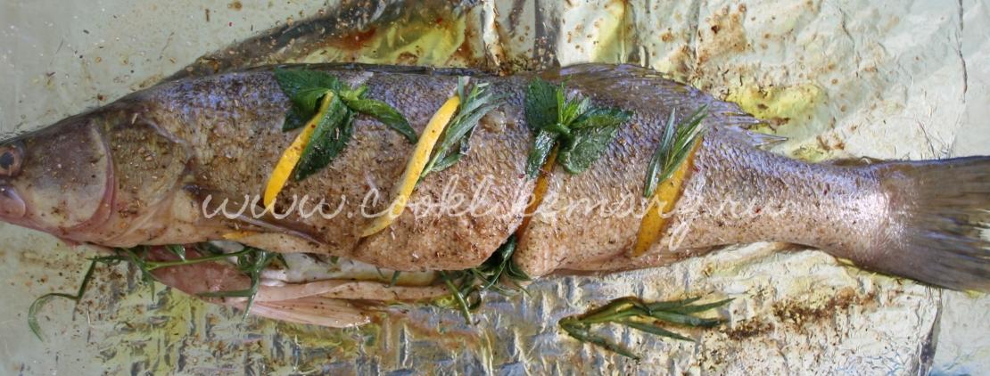 Рыба с пряными травами в бальзамическом уксусе