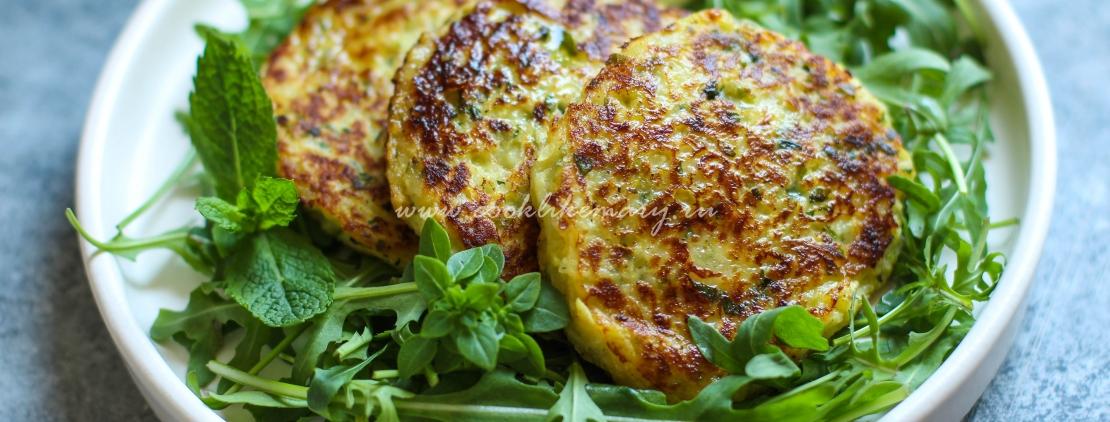 Оладьи из кабачка с сыром и зеленью