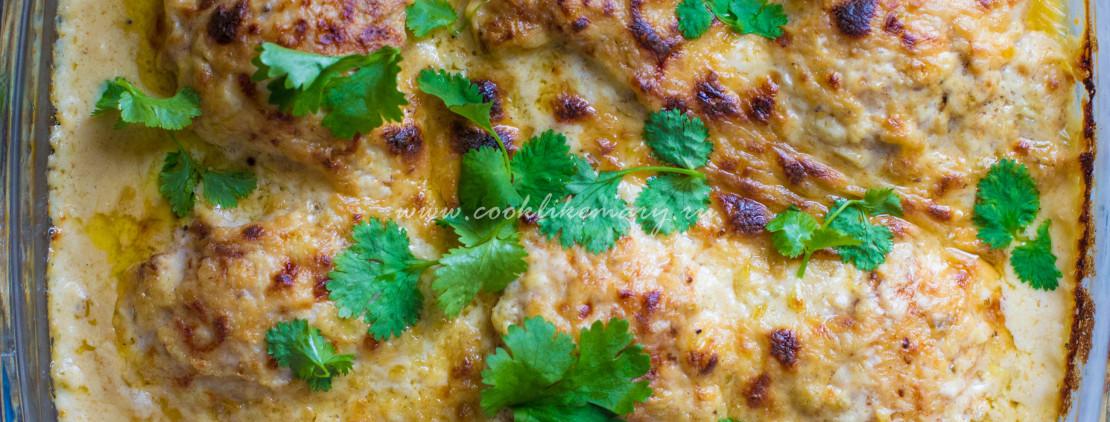 Гедлибже, или тушеная курица в соусе из сметаны, чеснока и лука