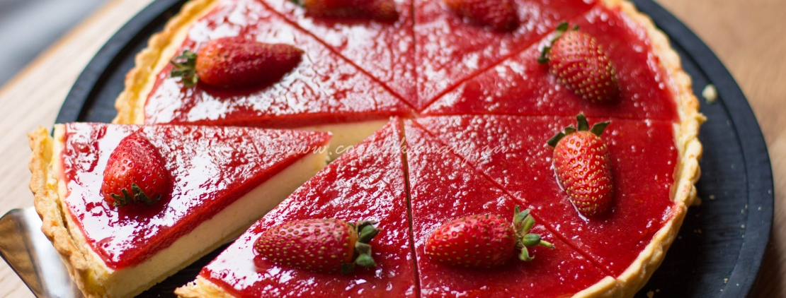 Творожный тарт с клубникой