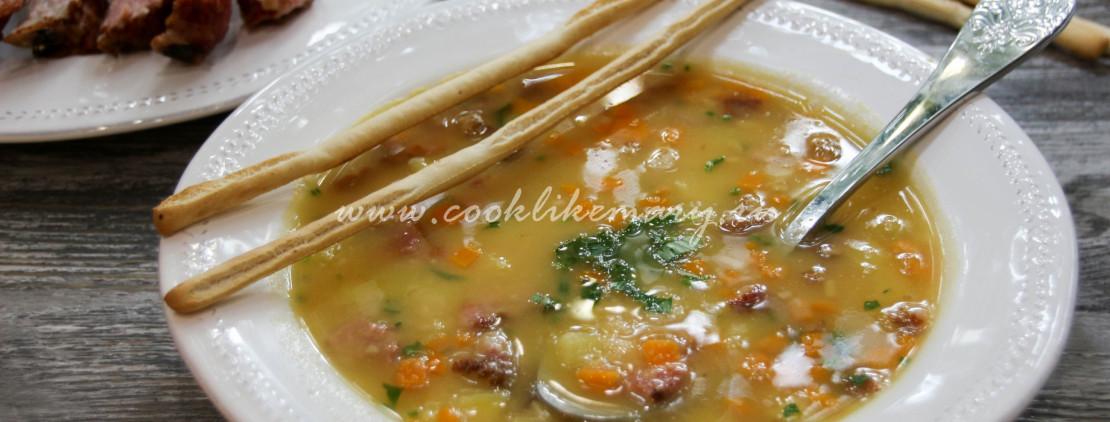 Классический рецепт горохового супа со свининой
