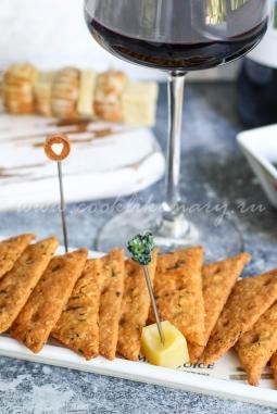 Рецепт сырного крекера с базиликом