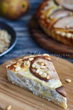 Тарт с грушей и голубым сыром