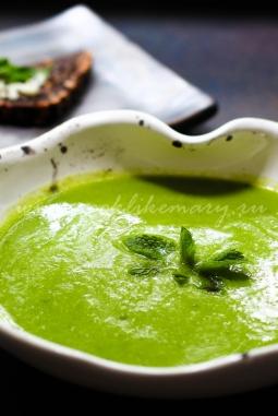 Крем-суп из зеленого горошка со сливками