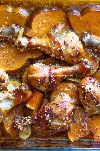Румяные куриные голени с тыквой в соево-апельсиновом маринаде
