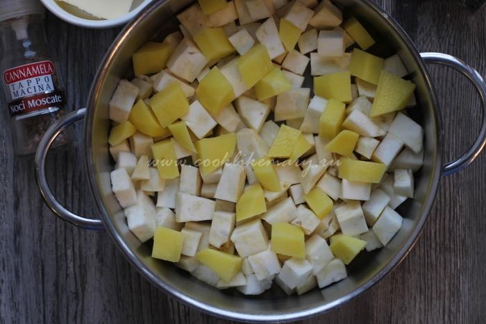 Приготовить пюре из корня сельдерея