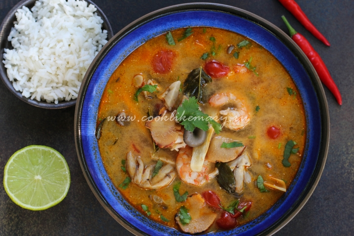 Суп с кокосовыми сливками Том Ям Кунг