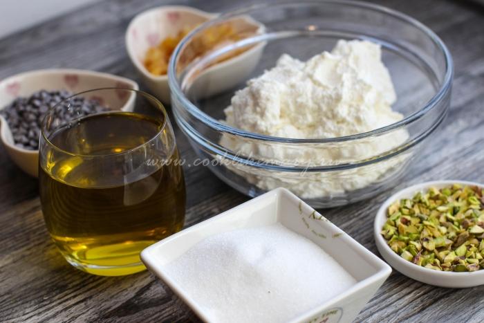 Ингредиенты для начинки канноли с рикоттой