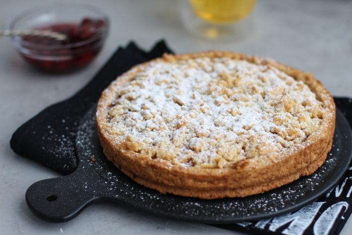 Простой рецепт пирога с вареньем