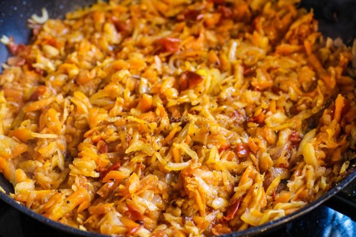 Приготовление овощей на сковороде