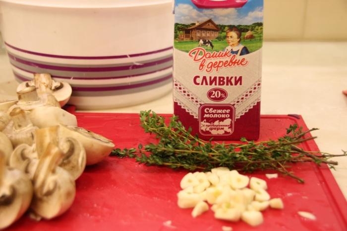 чеснок и сливки для говядины тушеной с грибами в духовке