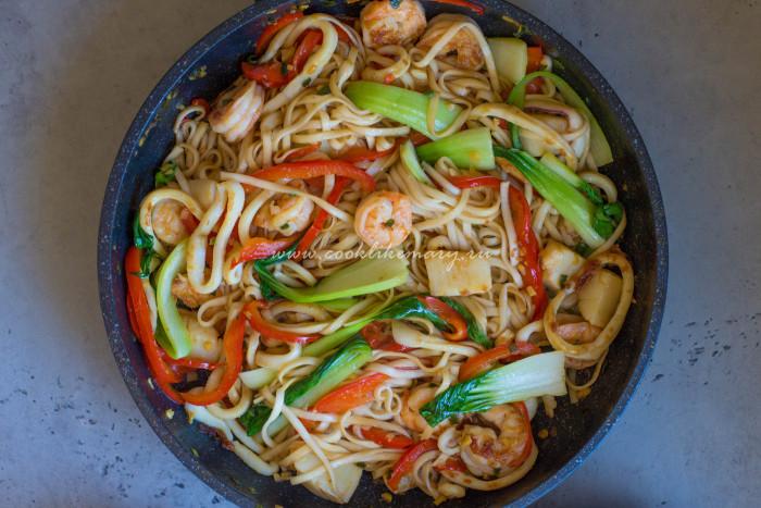 Лапша с морепродуктами по-азиатски рецепт с фото