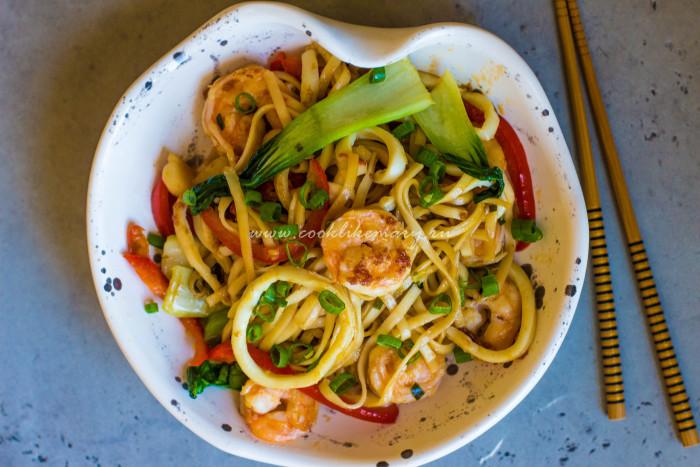 Лапша с морепродуктами по-азиатскии рецепт с фото
