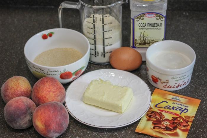 Ингредиенты по рецепту пирога со свежими персиками